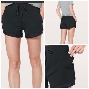 Lululemon Sunsetting Shorts